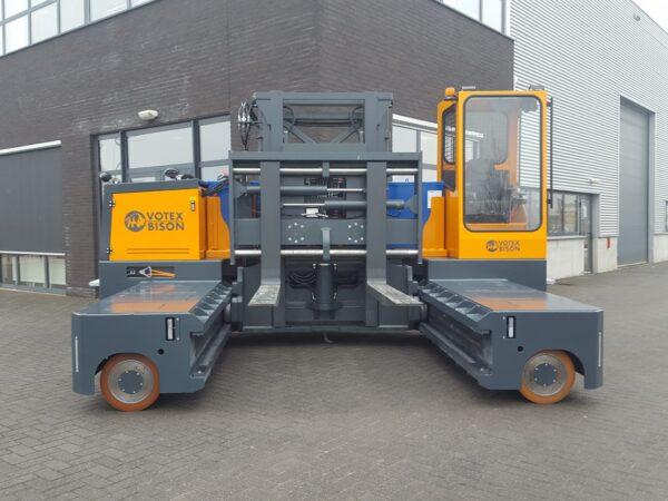 Votex Bison AA 10006 12006 Automotive steel staal stahl zijlader seitenstapler sideloader (2)