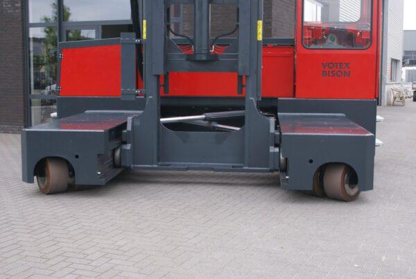 Votex Bison AA 10006 12006 Automotive steel staal stahl zijlader seitenstapler sideloader (4)